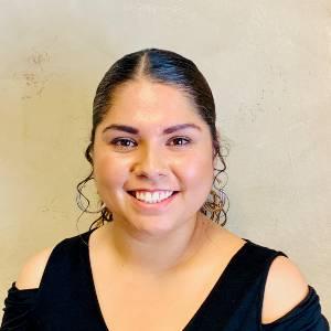 Lizette Flores (2) (1)
